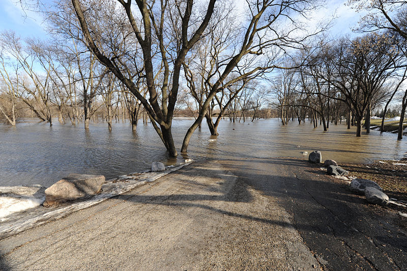 Southern WI Flood Victims Encouraged to Test Private Wells